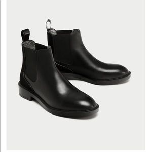 Zara Black leather flat Chelsea boots NWT